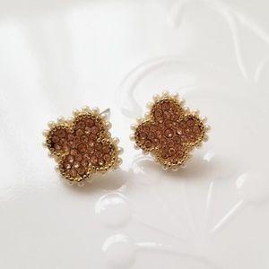 Jewelry - Vintage van cleef looking clover earrings